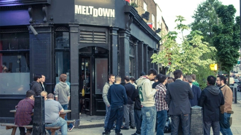 Meltdown London, video games, gamers, pub, drinks, picnic tables