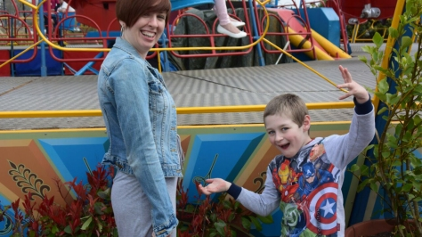 Kim, Ethan, fair, fairground, ride