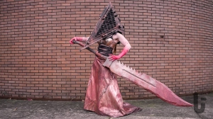 Silent Hill: Homecoming, video game, cosplay, Pyramid Head, sword, blood