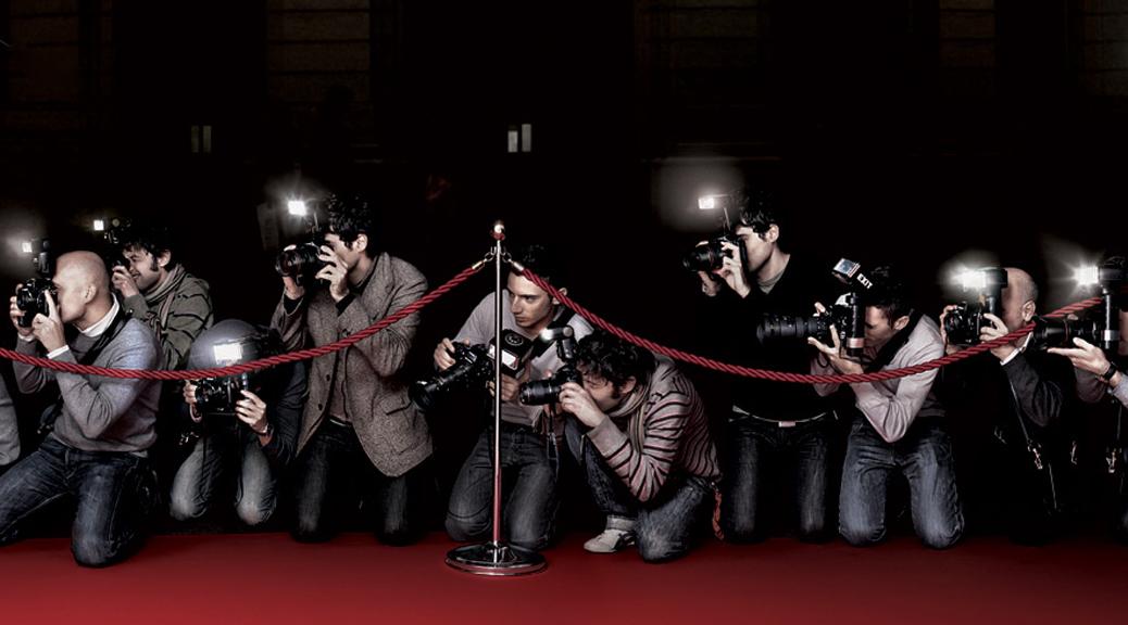 Awards, red carpet, paparazzi, photographers, cameras, flash