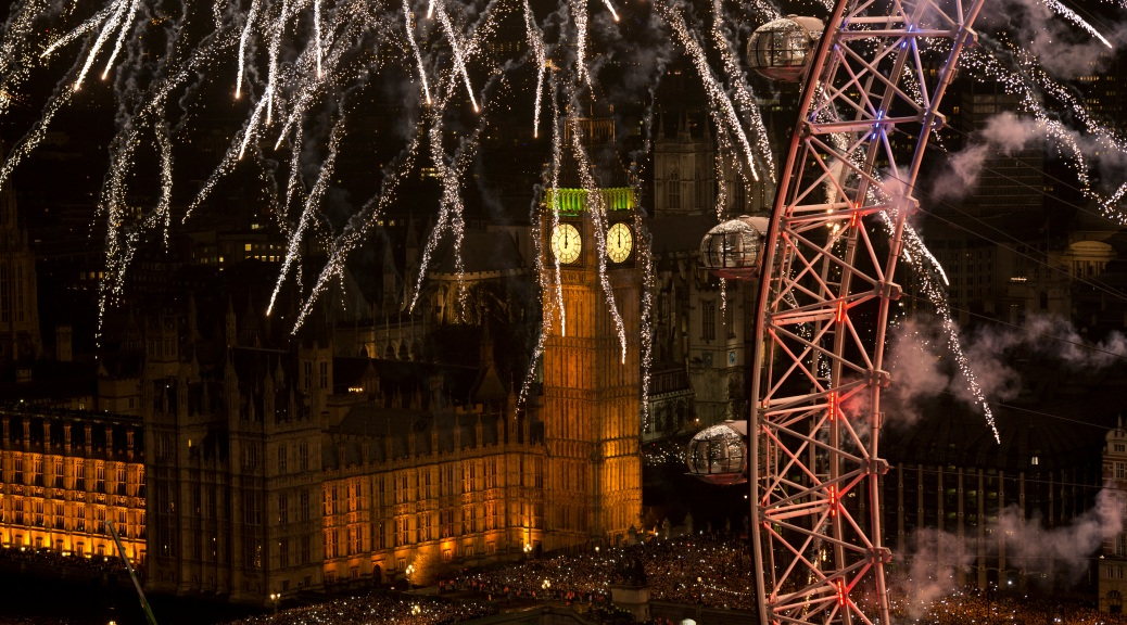 New Year's Eve, London, Big Ben, London Eye, night, crowds, fireworks, sky, bridge